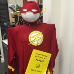 Flash invites patrons to sign up for Summer Reading.